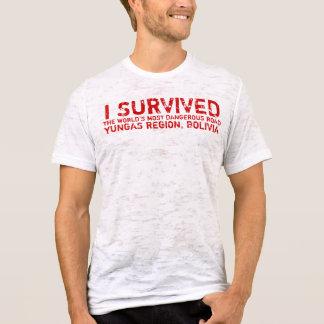 ボリビアの死の道の生存者のティー Tシャツ