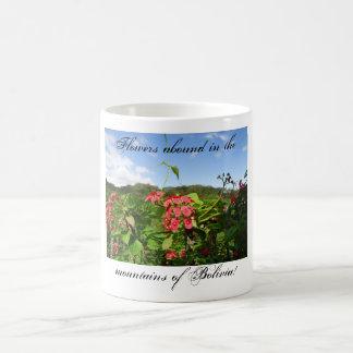 ボリビアの花の花のマグ コーヒーマグカップ