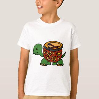 ボンゴの貝の芸術のおもしろいなカメ Tシャツ