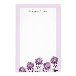ボーダーノート紙が付いている紫色の星状体 便箋