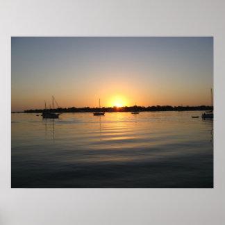ボートおよび日の出 ポスター