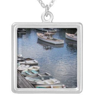 ボートの大きいネックレスの写真 シルバープレートネックレス