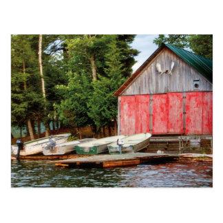 """""""ボートハウス""""、カナダのアウトドアの景色の写真 ポストカード"""