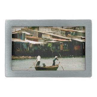 ボート- Saigonの川の2人 長方形ベルトバックル