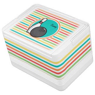 ボーリングをすること; 明るい虹は縞で飾ります クールボックス
