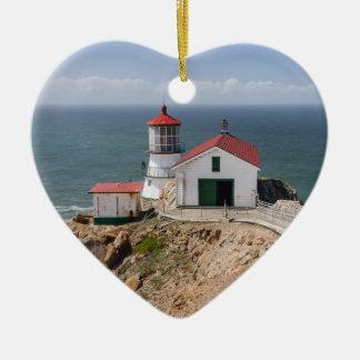 ポイントレイエスの灯台、Marin郡、カリフォルニア セラミックオーナメント
