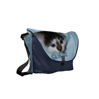 ポケットの子ネコ スモールメッセンジャーバッグ