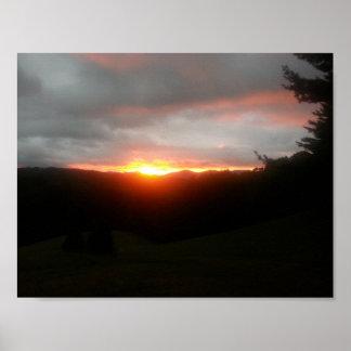 ポスター11/8.5山の日没の炎 ポスター