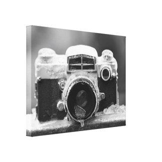 ポストの氷雨のヴィンテージの黒く及び白いカメラ キャンバスプリント