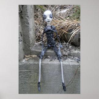 ポストの終末論的な人形 ポスター