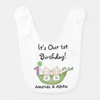 ポッドの最初誕生日の対のエンドウ豆 ベビービブ