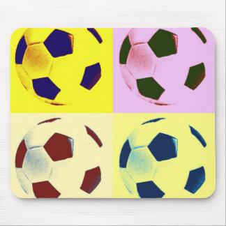 ポップアートのサッカーボール マウスパッド