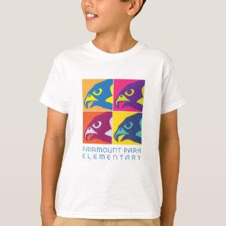 ポップアートの《鳥》ハヤブサの精神 Tシャツ
