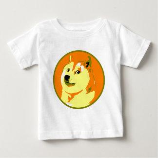 ポップアートのdogecoinのデザイン ベビーTシャツ
