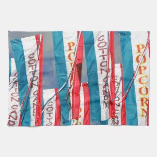 ポップコーンの綿菓子の公平な旗 キッチンタオル