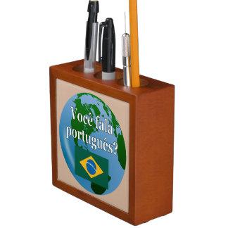 ポルトガル語を話しますか。 ポルトガル語。 旗の地球 ペンスタンド
