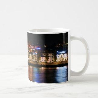 ポルト、ポルトガルのドウロ川の川 コーヒーマグカップ