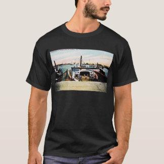 ポーツマス及びBerkely、VAへのフェリーボート Tシャツ