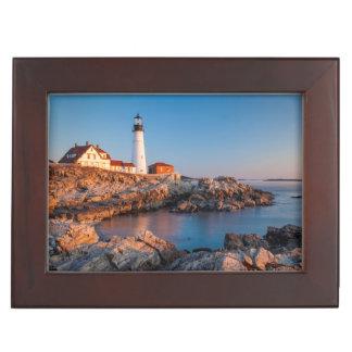 ポートランドヘッド灯台の冬の夜明け ジュエリーボックス