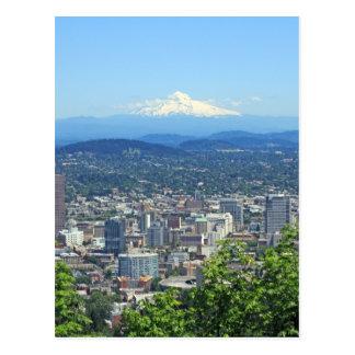 ポートランド、オレゴン都市および山景色 ポストカード
