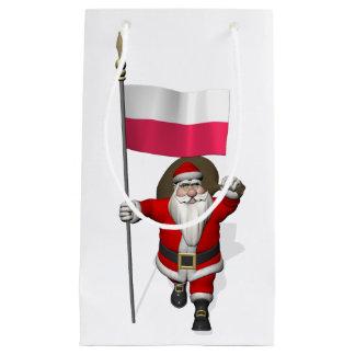 ポーランドの旗を持つサンタクロース スモールペーパーバッグ