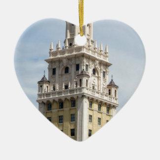 マイアミのキューバの自由タワー セラミックオーナメント