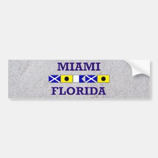 マイアミの航海のな旗-砂のバンパーステッカー バンパーステッカー