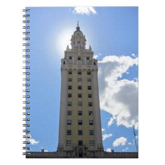 マイアミ4のキューバの自由タワー ノートブック