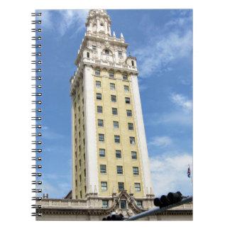 マイアミ6のキューバの自由タワー ノートブック