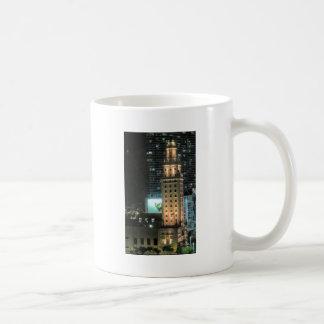マイアミ7のキューバの自由タワー コーヒーマグカップ