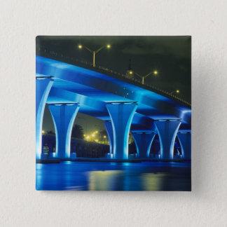 マイアミ、フロリダの港の夜橋 缶バッジ