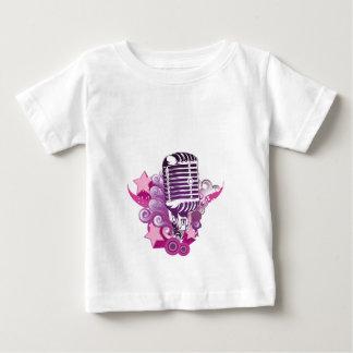 マイクロフォンの魅惑 ベビーTシャツ