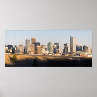 マイル高い都市デンバーコロラド州の都心のスカイライン ポスター