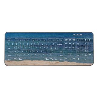 マウイのビーチのキーボード ワイヤレスキーボード