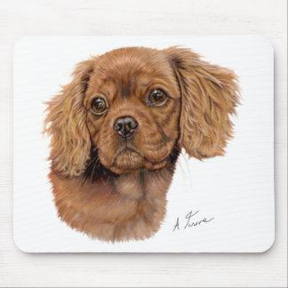 マウスマット: 無頓着なチャールズ王スパニエル犬の子犬 マウスパッド