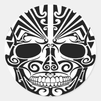 マオリの入れ墨のマスクのスカル ラウンドシール