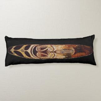マオリの種族の盾の抱き枕 ボディピロー