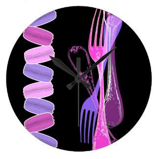 マカロン及びスタイリッシュなフォーク ラージ壁時計
