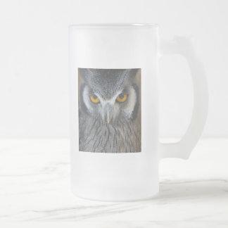 マクロ白黒フクロウの写真 フロストグラスビールジョッキ
