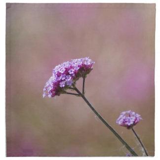 マクロ紫色およびピンクの花 ナプキンクロス