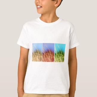 マクロ草のトリオ Tシャツ