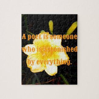 マクロ黄色いワスレグサ夜写真撮影の詩人の引用文 ジグソーパズル