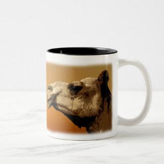 マグのラクダのArtishの写真 ツートーンマグカップ