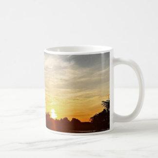 マグの日の出 コーヒーマグカップ