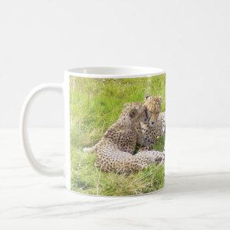 マグをリラックスしているチータ コーヒーマグカップ