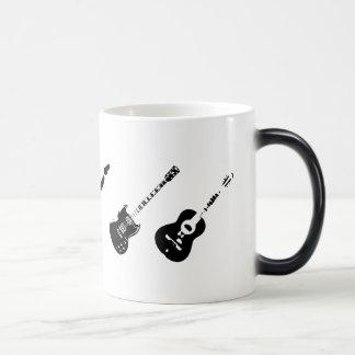 マグを変形させる現われるギター モーフィングマグカップ