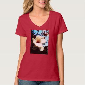 マグノリアの女性のTシャツ Tシャツ
