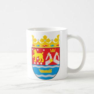 マグフィンランドの南紋章付き外衣 コーヒーマグカップ