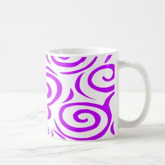 マグ紫色モンテレーの渦巻 コーヒーマグカップ