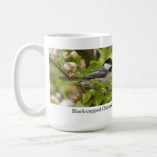 マグ、Appleの花の黒おおわれた《鳥》アメリカゴガラ コーヒーマグカップ